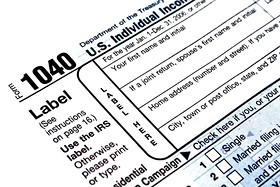 What's the difference between a W-2 and 1099?