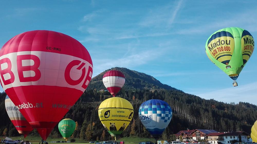 Πετώντας με αερόστατο ©Georgios Polychronidis