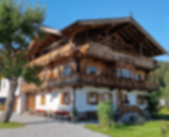 kirchberg-in-tirol-haus-dirol.jpg