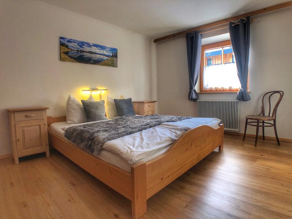 Sleeping room Haus Dirol.jpg