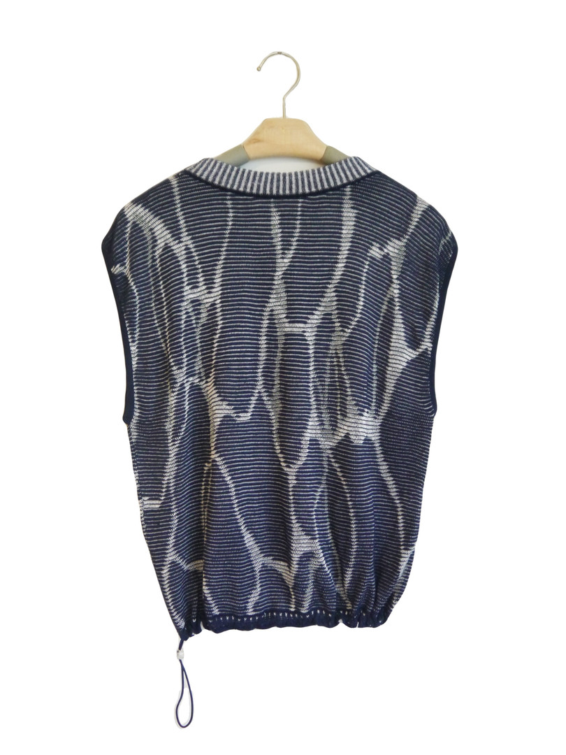 深藍水波紋背心 Dark Blue Ripple Vest