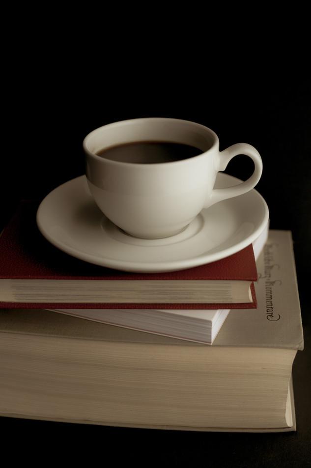 Kaffee und Bücher