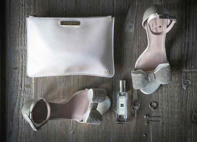 Bridal accessories, Houchins