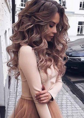 5ca9155b3be1e_stunning-prom-hairstyles-f