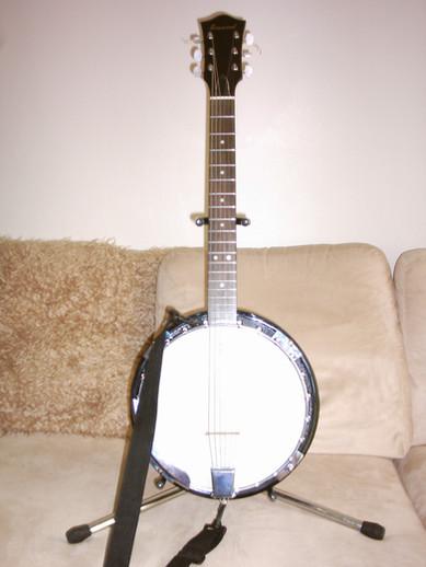 Guitar Banjo