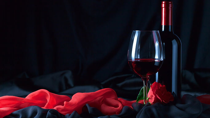 Wine-bottle-glass-cup-red-rose-cloth_384