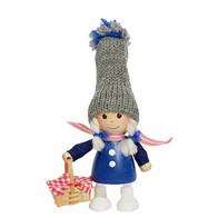 かごを持った青いコートの女の子