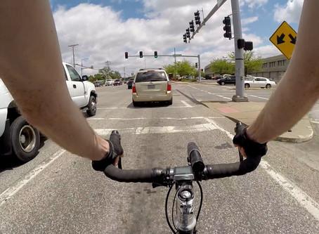 Andar de bicicleta no trânsito é seguro? Veja 5 passos para dizer sim