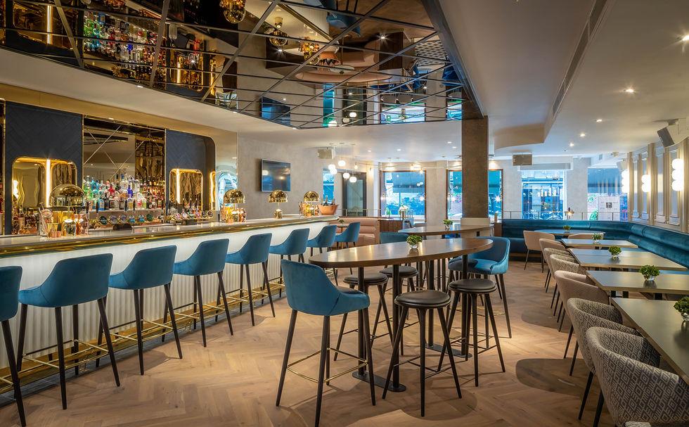 10 Fleet Street Bar.jpg