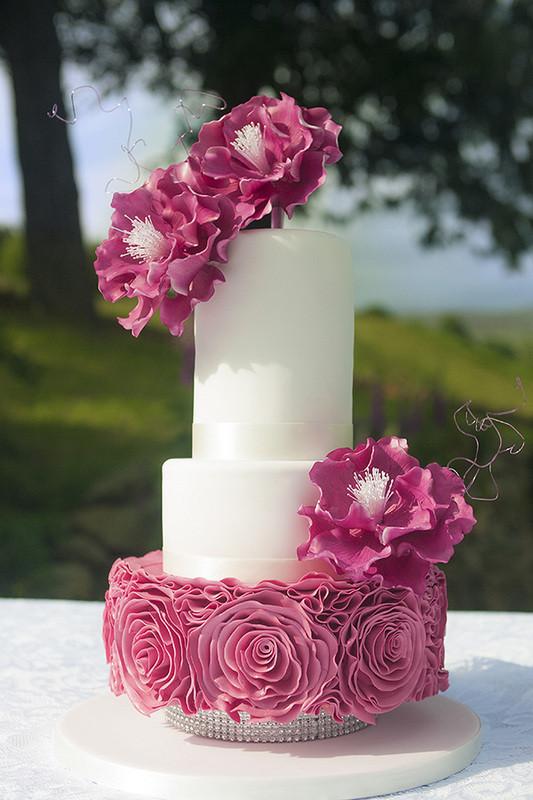 Pink ruffle flower cake.jpg