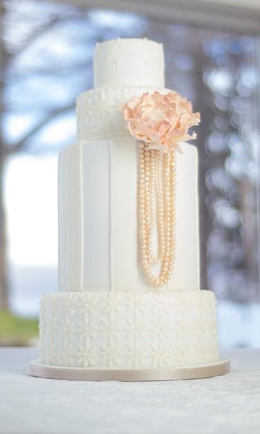 Vintage pearl cake.jpg