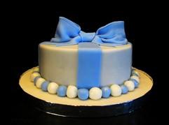Blue bow cake.jpg