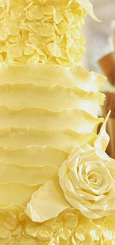 White chocolate ruffle and flowers.jpg