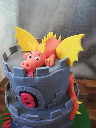 Dragon and castle cake 2.jpg
