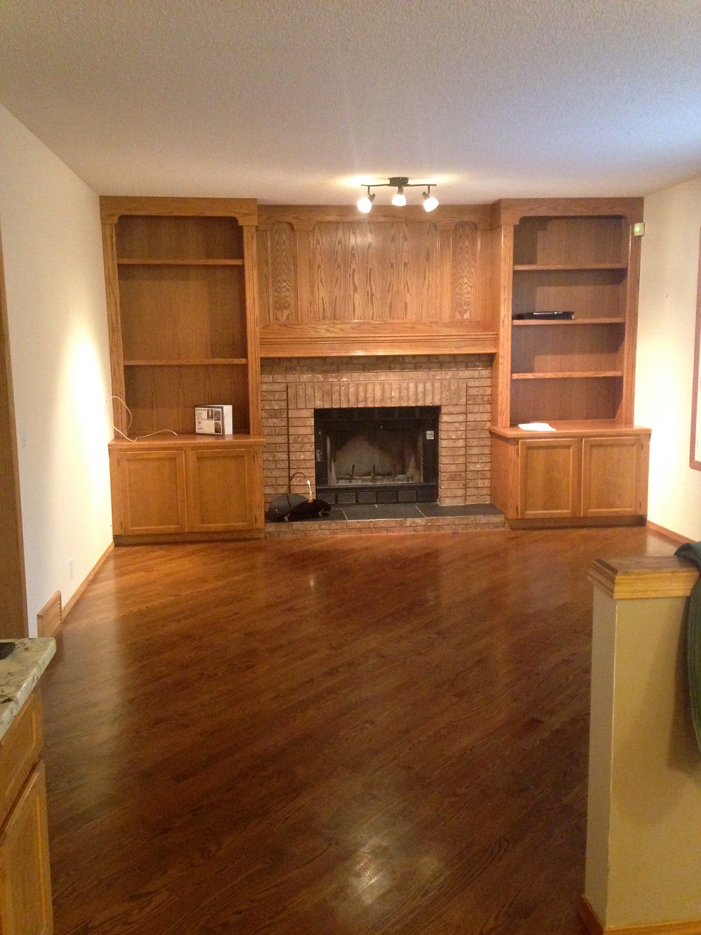 Fireplace Built In   Easy DIY Paint   Dark Oak Before Picture