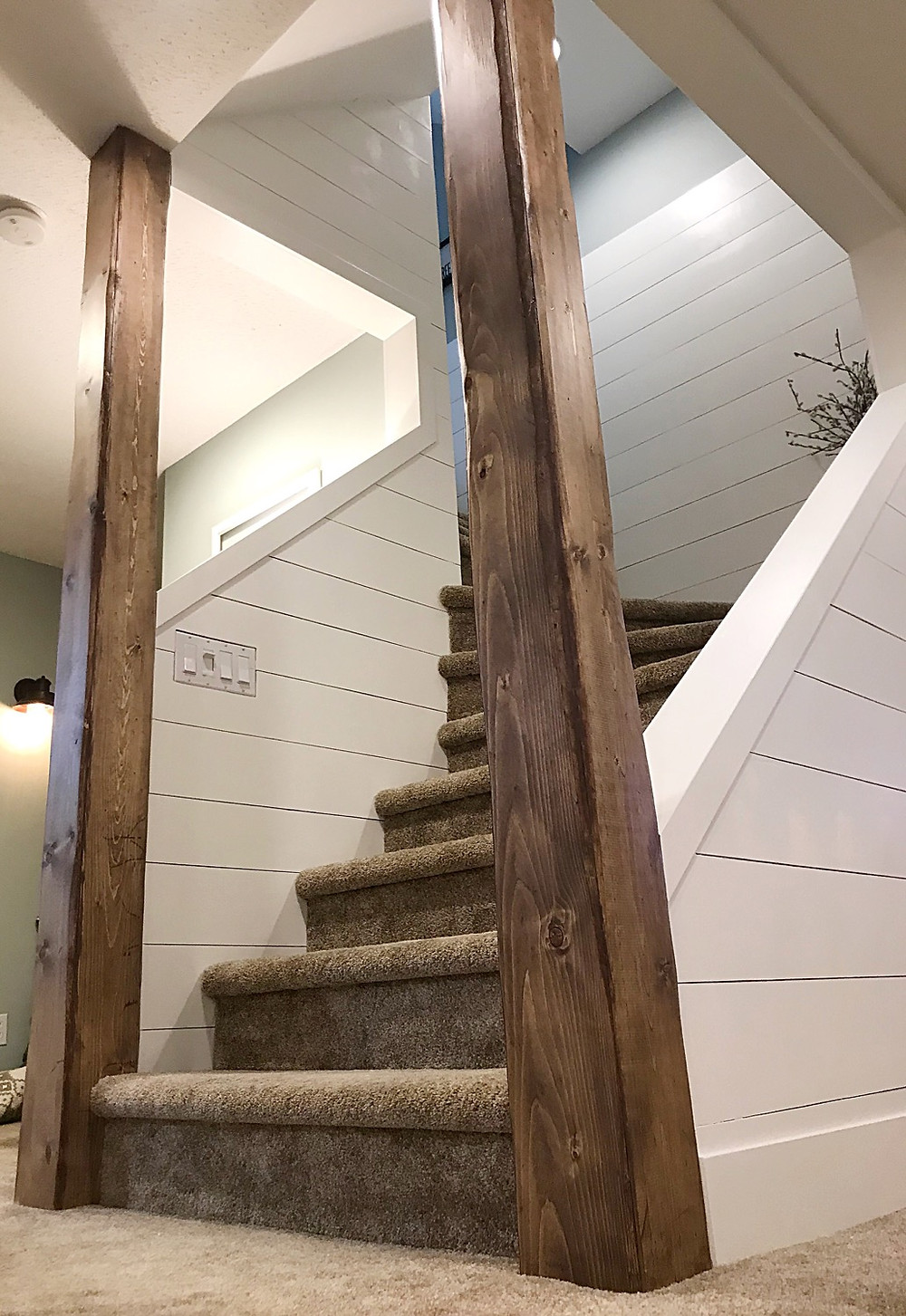 DIY wood vertical beams to add character to a staircase
