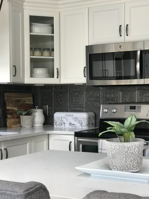 """Saying Goodbye to the """"Dark, Dingy Kitchen"""": Client Reveal"""
