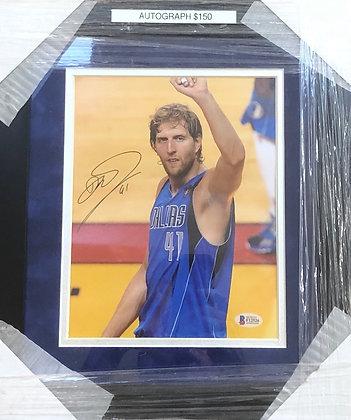 Dirk Nowitzki Mav's signed custom frame 8x10 Beckett certified