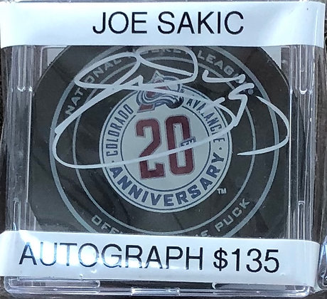 Joe Sakic Avalanche signed Puck Beckett certified
