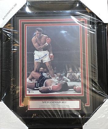 Muhammad Ali Boxing signed custom frame 8x10 Beckett certified