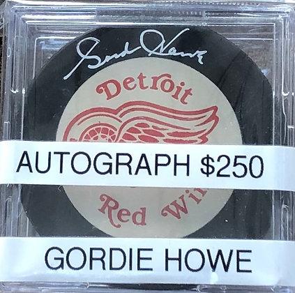 Gordie Howe Red wings signed Puck Beckett certified