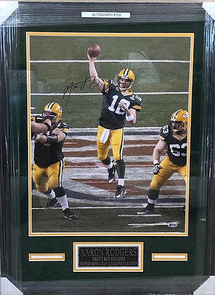 Aaron Rodgers Packers signed  Custom Framed 16x20 Beckett certified