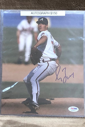 Greg Maddux Braves signed 8x10 unframed Photo PSA/DNA certified