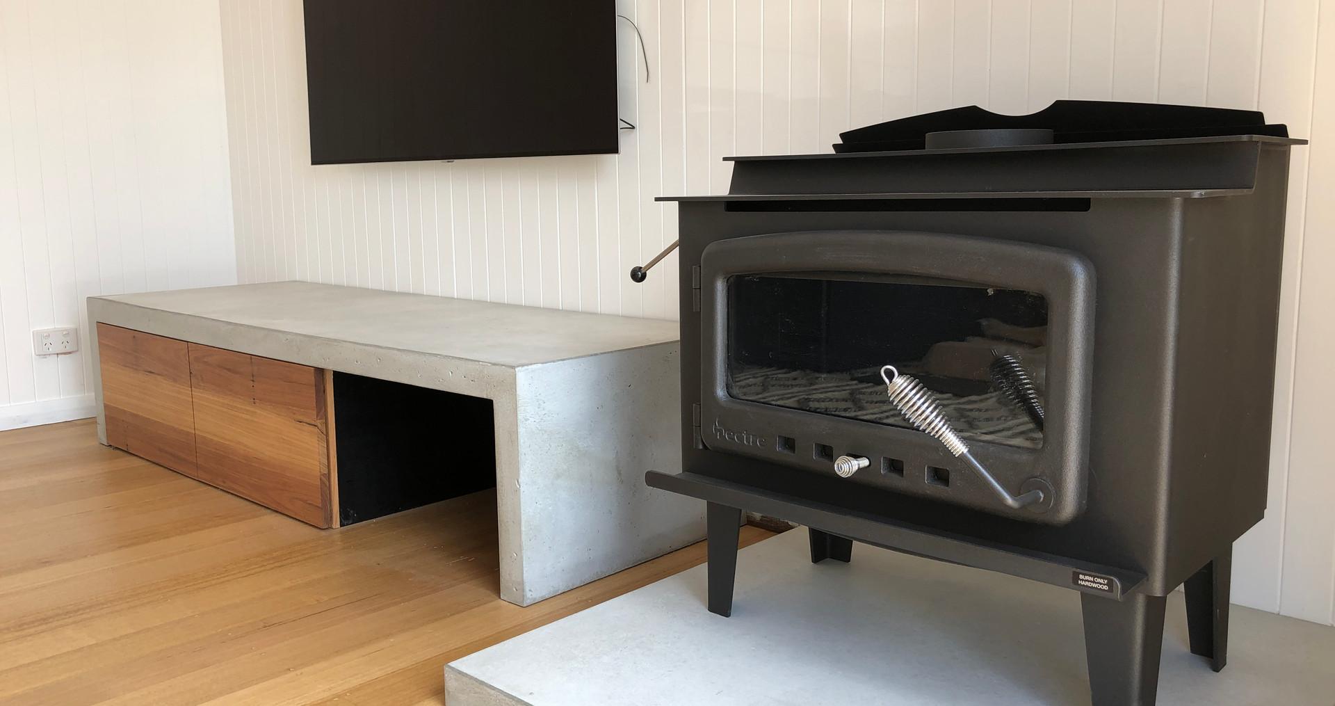 Concrete Floor Slab with Concrete Entertainment Unit