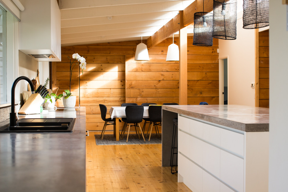 Cast In-situ Concrete Benchtops in Country Styled Home