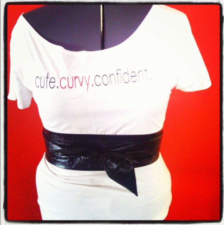 cute curvy confident tee.png