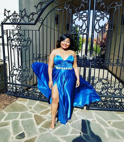 Consultations for 2019 prom dresses have