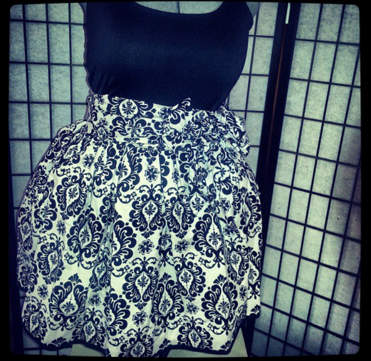 black and white damask gathered skirt with sash.png