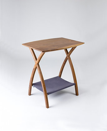 CURVED TABLE 弧形小桌
