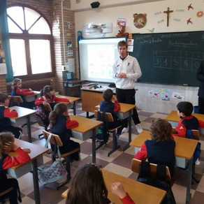 Visit to the schools of the town