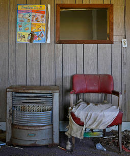 Paul Clarke. Waiting by the Heater. photography. 23x28 in. $600.jpg