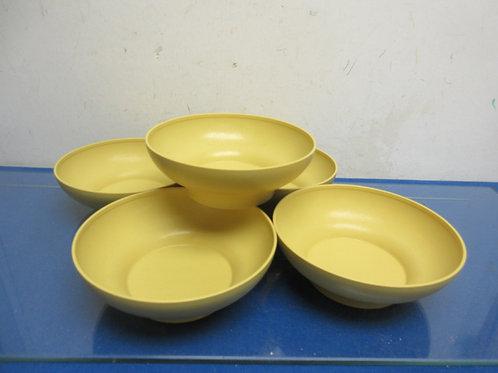 Set of 5 vintage yellow tupperware bowls