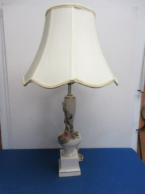 Vintage white porcelain vase table lamp with dimensional roses and white shade 2