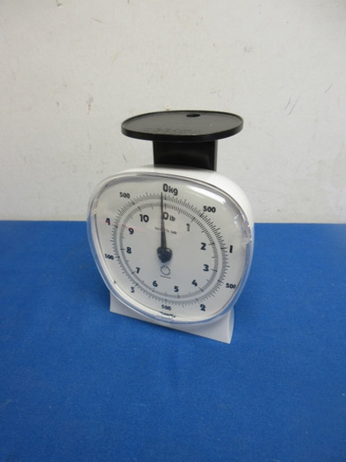 White food scale
