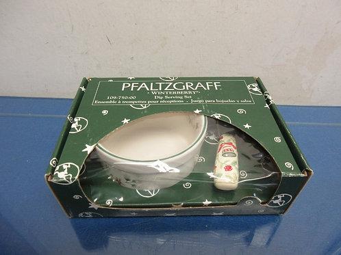 Pfaltzgraff winterberry dip serving set, in box