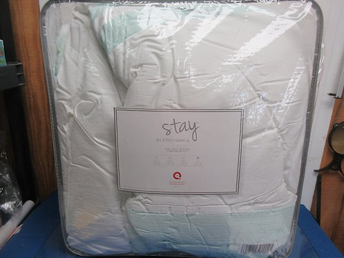 Stay by Stacy Garcia King Hotel Signature comforter set - spa green - brand new