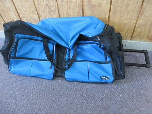 Lucas original extra largeblue & black luggage with wheels & pull handle