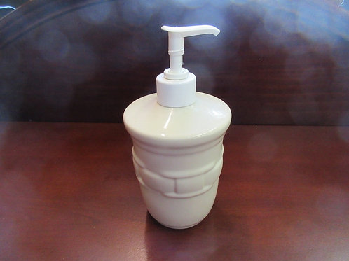 Longaberger ivory ceramic soap pumper