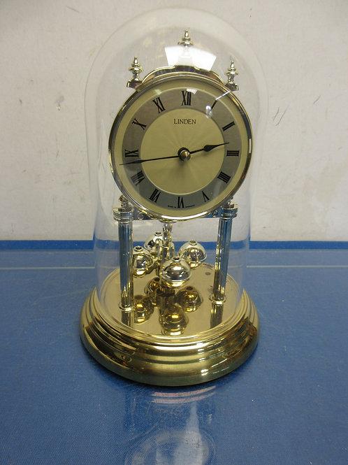 Linden gold base anniversary clock