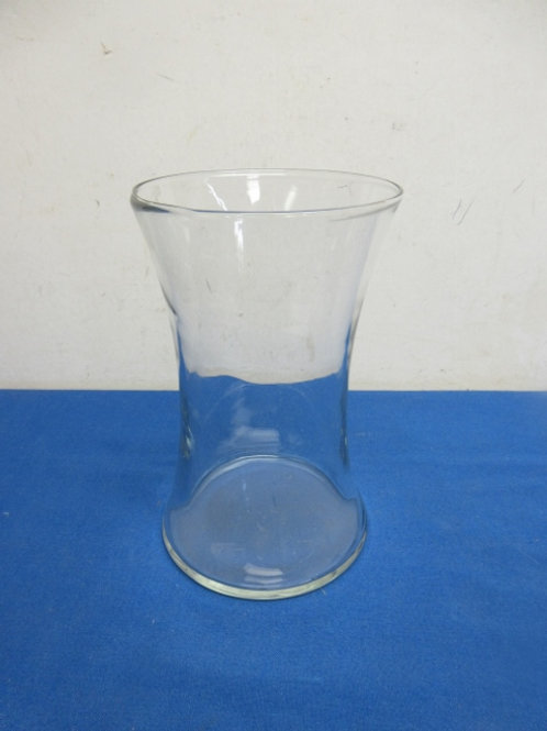 """Wide mouth clear glass vase 5"""" dia x 8""""high"""