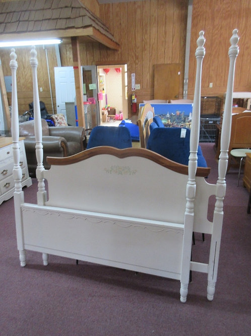 Ivory Full size poster bed with white metal side rails, no slats