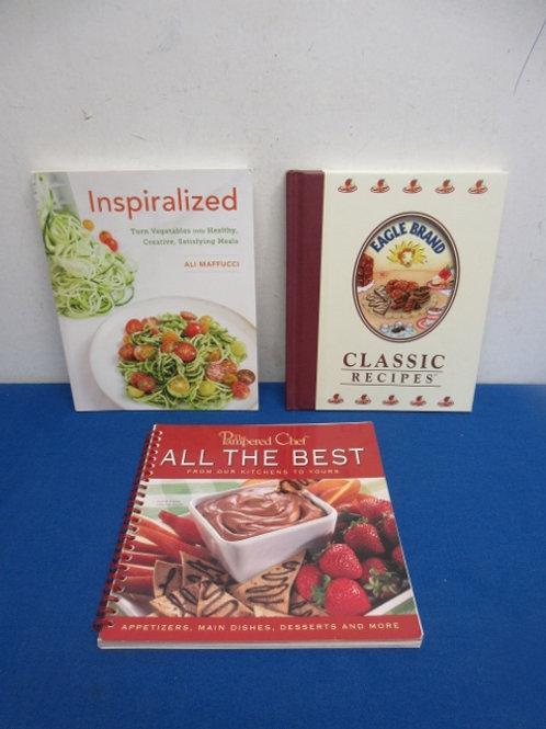 Set of 3 cookbooks, Eagle brand classics, Pampered chef best & Spiralized veggie