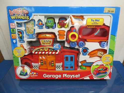Baby Wheels Garage Playset, ages 18month+ Brand NEw