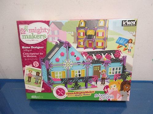 K'Nex mighty makers-home designer building set-Brianna & Sophia
