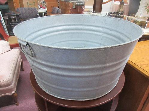 "Large 24"" dia. Galvanized steel round wash tub, no holes"