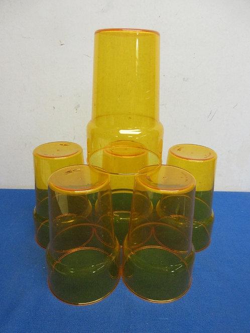 6 large plastic orange tumblers